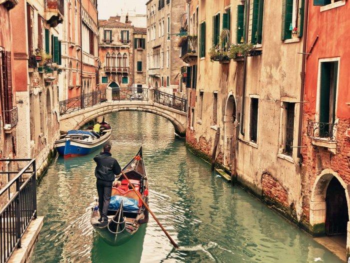 Каналы города Венеция.