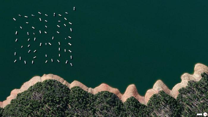 Яхты на водохранилище.