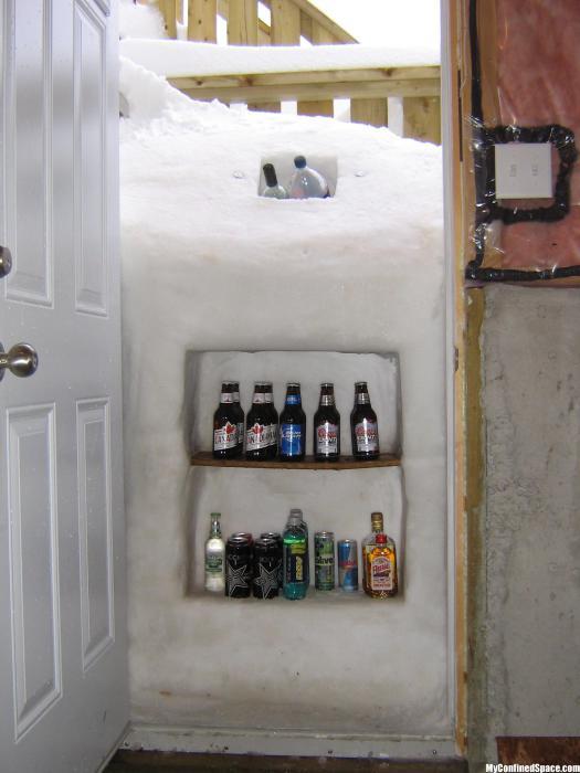 Оригинальный экологически чистый холодильник.
