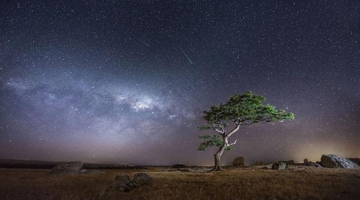 Необычный ночной пейзаж.