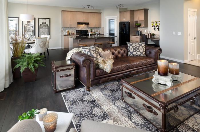 Кожаная мебель не только очень комфортная, она так же и элегантная.