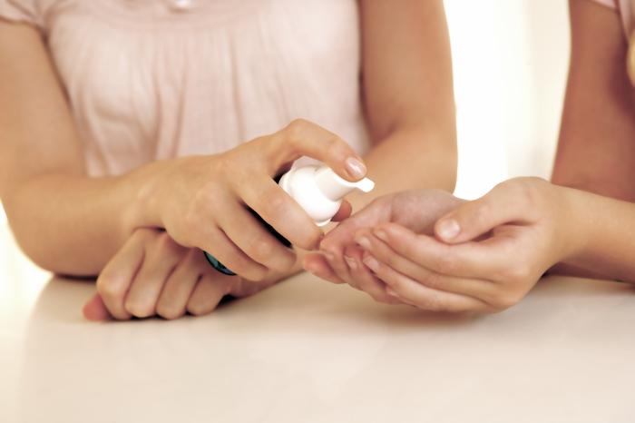 Антисептик для рук при маникюре своими руками