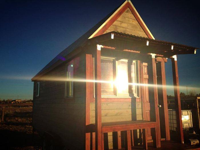 Ще один маленький дерев'яний будиночок в Колорадо.