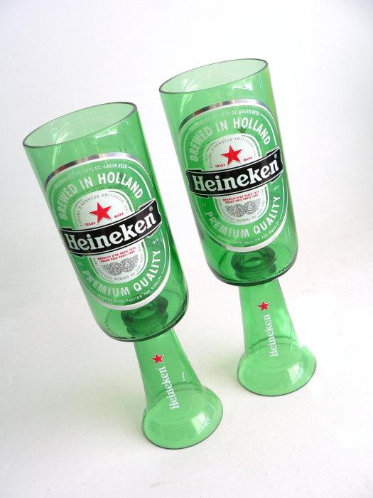 Оригинальное применение пустых пивных бутылок.