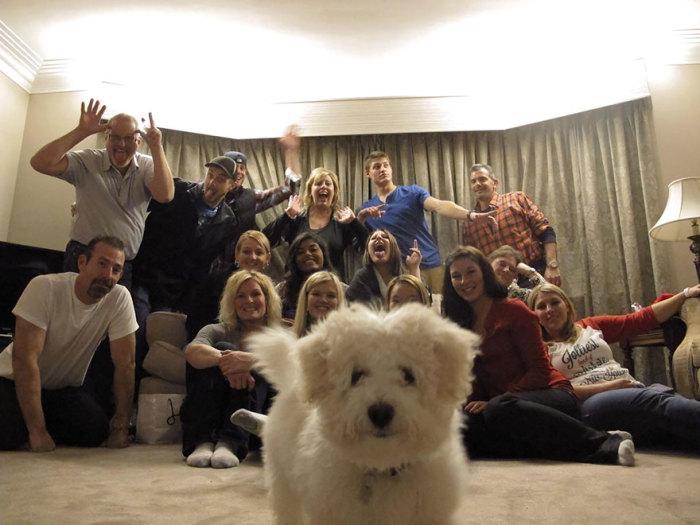 Главный член семьи всегда должен быть в центре снимка.