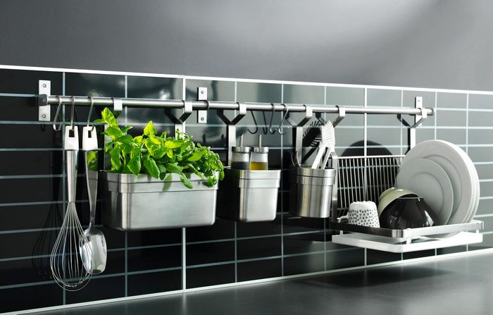 Настенные рейлинги для кухни