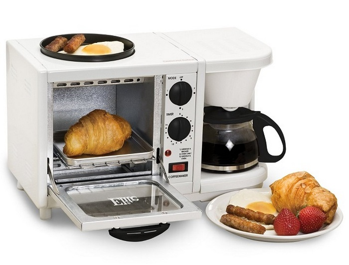3-in-1 Breakfast Maker: плита, микроволновка, кофеварка.