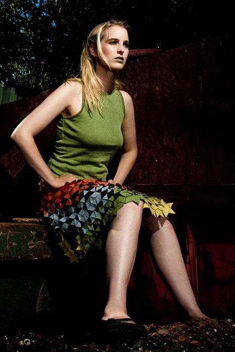 Фрагментированная юбка от голландских дизайнеров.
