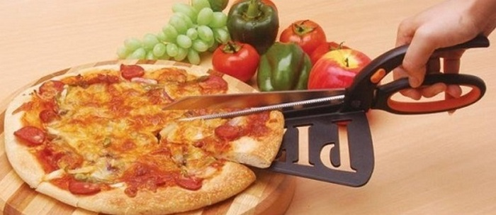 Устройство для нарезки пиццы.