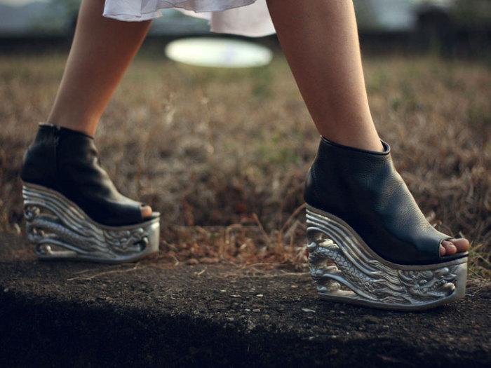 Обувь от LanVy Nguyen - предмет искусства