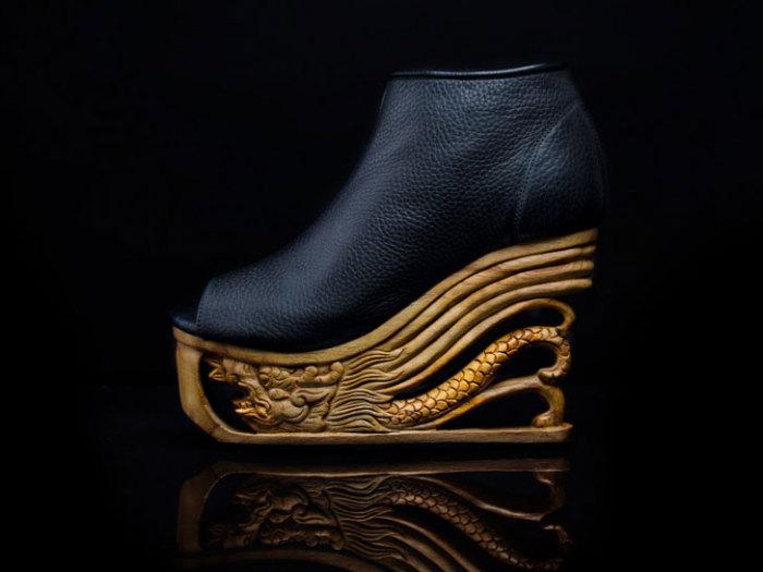 Восточные мотивы на классической европейкой обуви