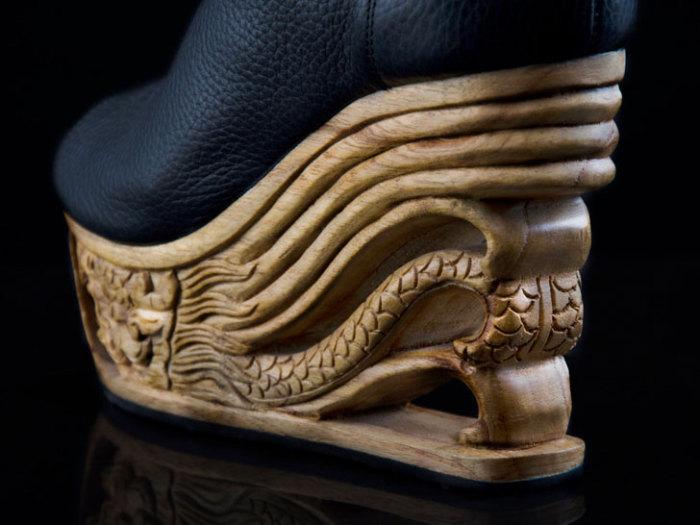 Рисунки, навеянные пагодами, на стильной обуви