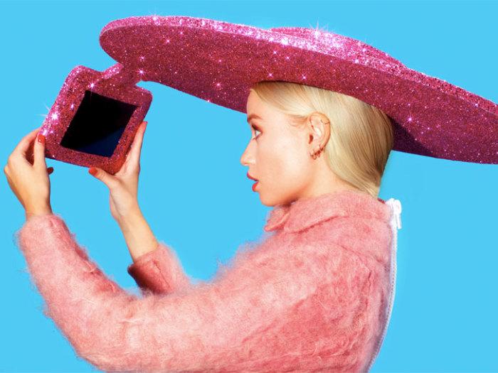 Розовое сомбреро-селфи - шяпка будущего