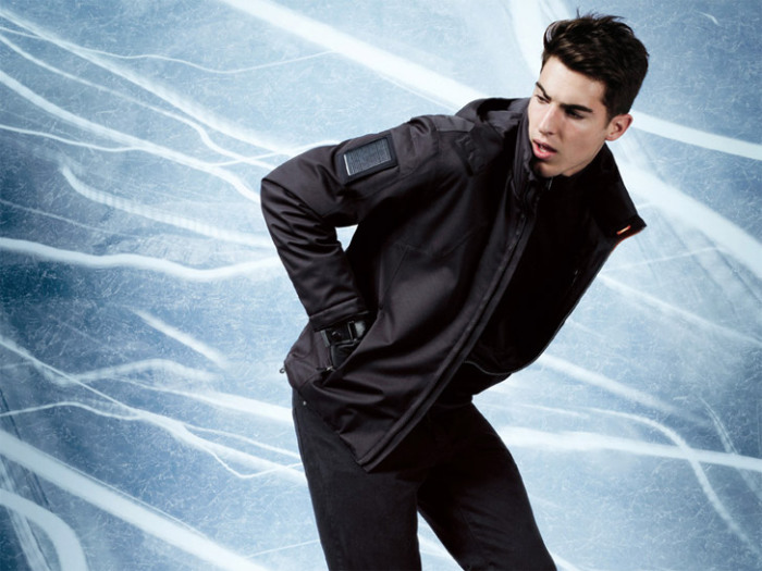 Куртка Zegna Sport, заряжающая гаджеты.