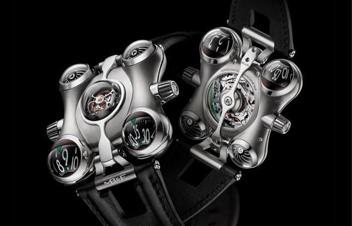 Уникальные часы в титановом корпусе.
