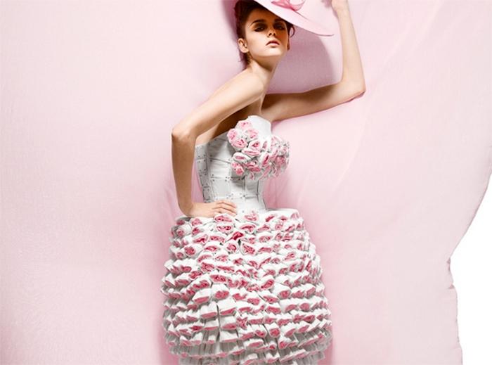 Коллекция Белый кашемир - платья из туалетной бумаги