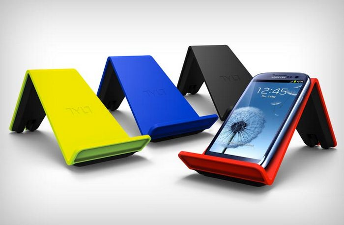 Tylt Vu Qi - гаджет для беспроводной зарядки смартфонов.