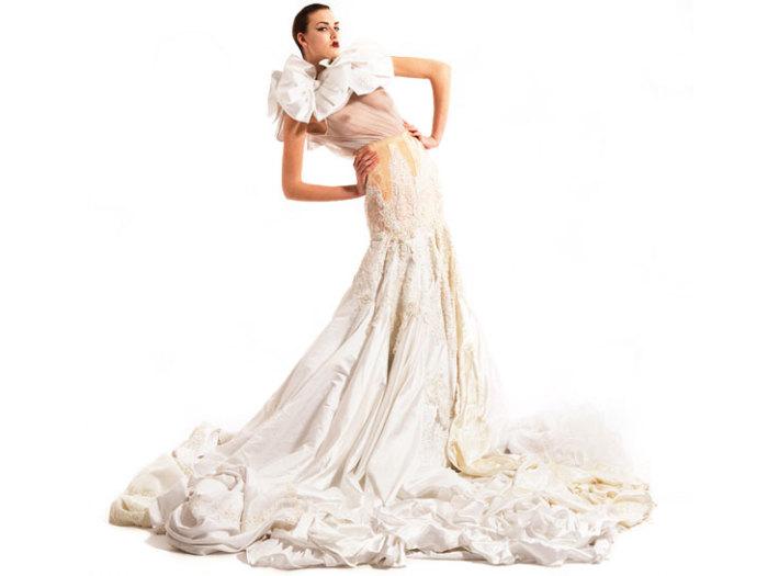 Свадебное платье из свадебных платьев.