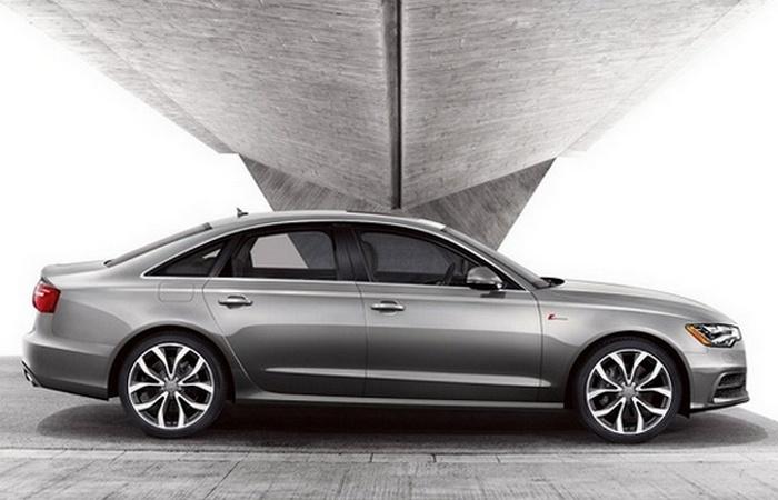 Автомобиль Audi A6 Premium Plus.