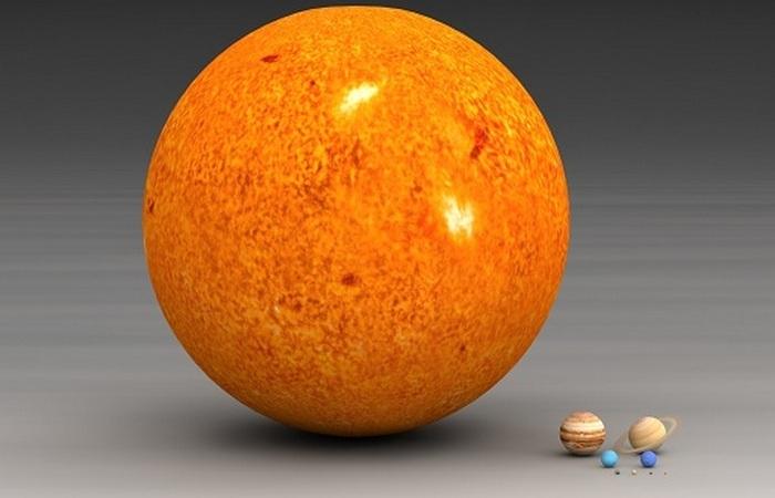99,8% от массы Солнечной системы.