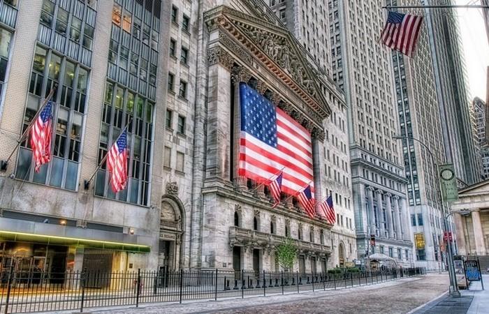 Финансовый район Нью-Йорка гораздо больше.
