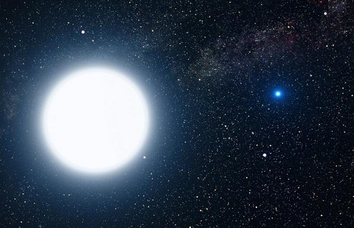 Сириус - двойная звездная система.