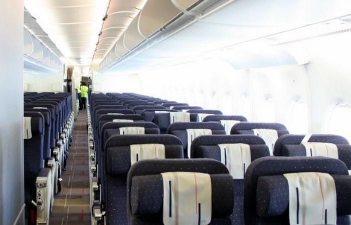 Самый большой в мире пассажирский самолет.