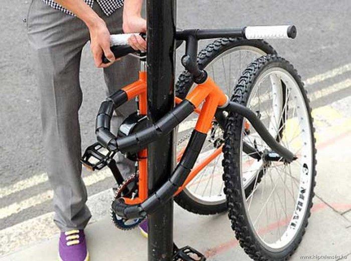 Велосипед с гибкой рамой.