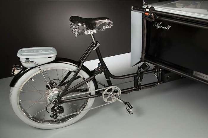 На основе велосипеда.
