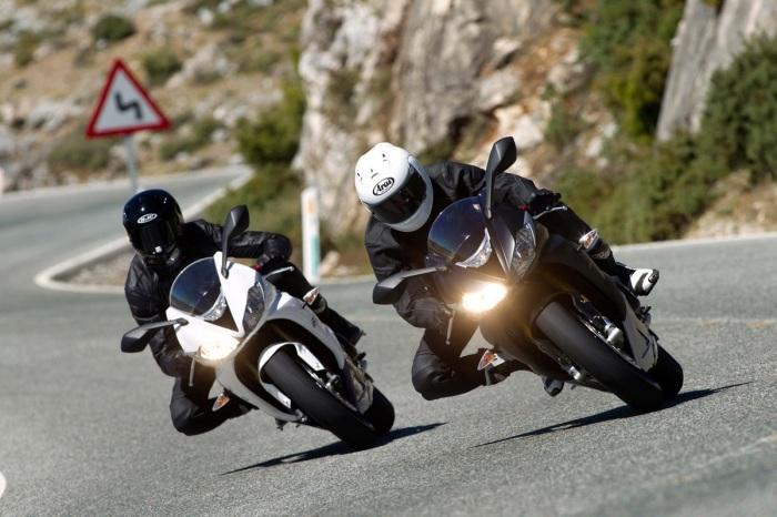 Легендарные спортивные мотоциклы из 1990-х.