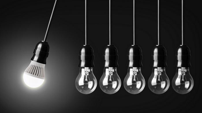 Правило экономии: заменить лампы накаливания на светодиодные.