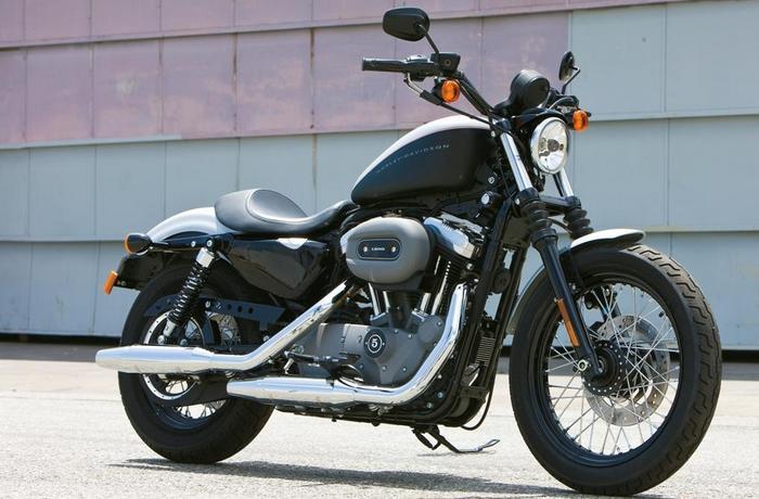 Мотоцикл Harley-Davidson Sportster 1200.