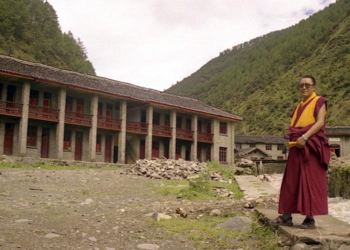 Китайские военные используют беспилотные самолеты для «охоты» на тибетцев.