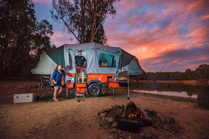 Палатка на колесах с домашним комфортом.