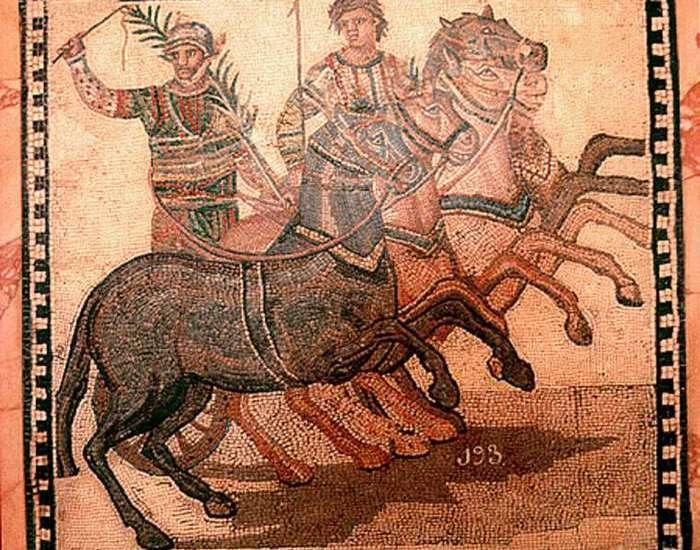 Победитель римских гонок на колесницах.