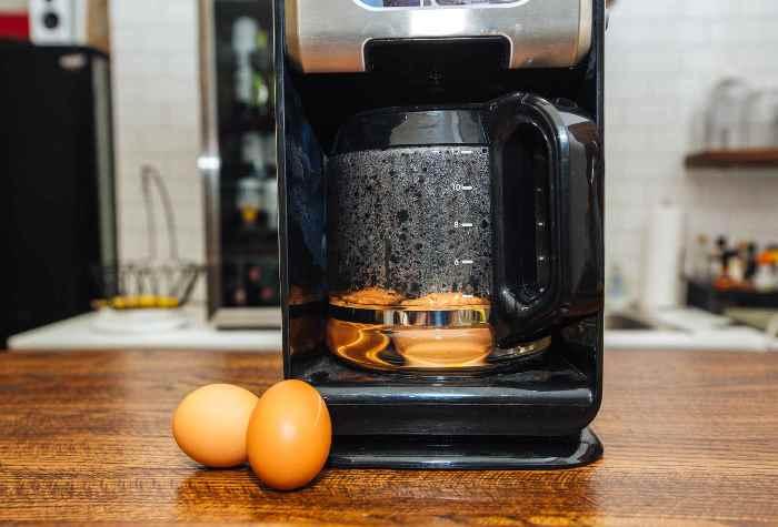 Яйца варятся на ура.