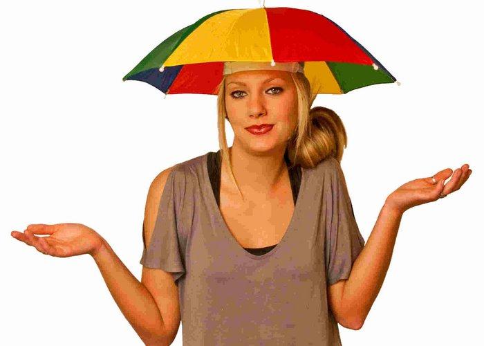 Модная безделушка: шляпа-зонтик.