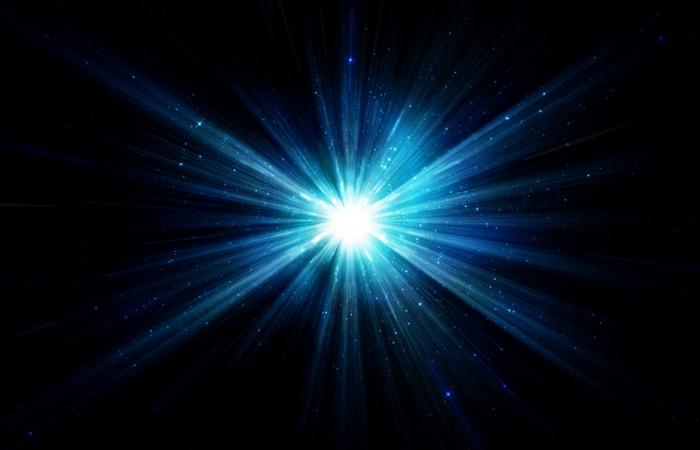 Поможет заснуть: синий свет.