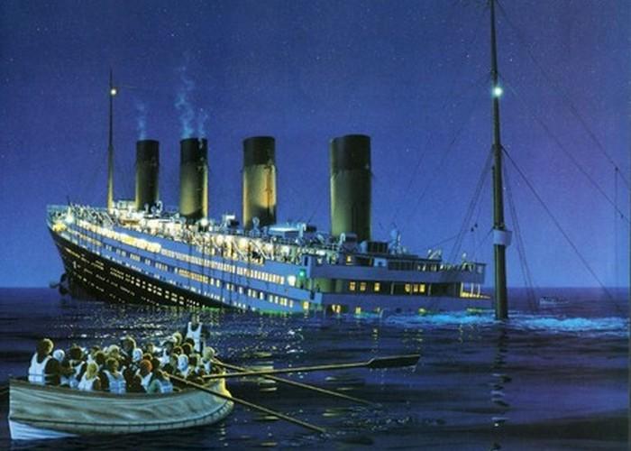 Пассажирский лайнер «Титаник».