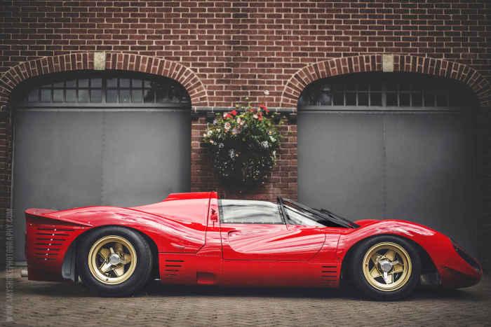Ferrari 330 P4.