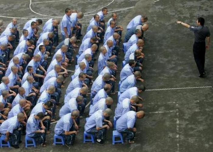 Коммунистическая партия Китая убивает своих граждан в массовом порядке для изъятия у них органов.