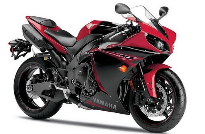 Мотоцикл Yamaha R1.
