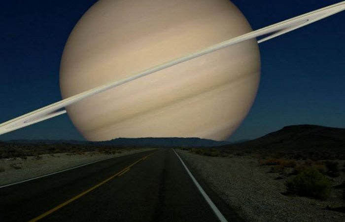 Сатурн был Солнцем.