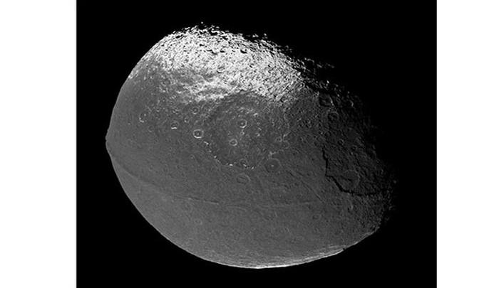 Кольцо экватора Япета.