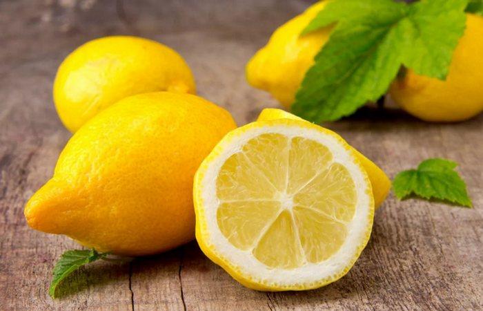 Вкусно и питательно: лимон.