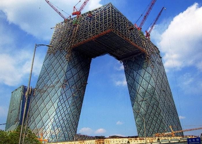 В Китае строят некоторые из самых необычных архитектурных сооружений в мире.