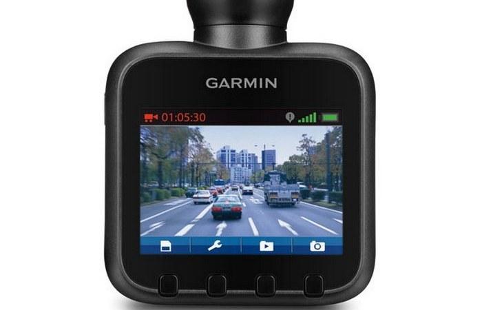 Автомобильный гаджет: видеорегистратор.