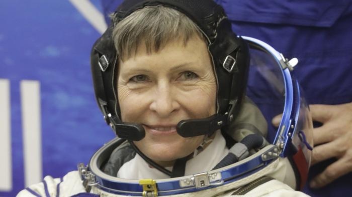 Пегги Аннетт Уитсон - первая женщина-командир МКС.