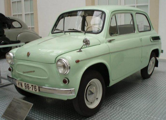 Автомобиль ЗАЗ 965.