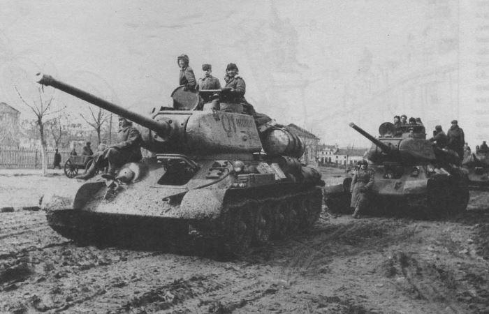 Самые мощные танки и САУ Курской битвы.